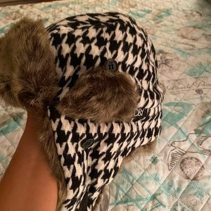 Faux Fur Houndstooth Winter Hat
